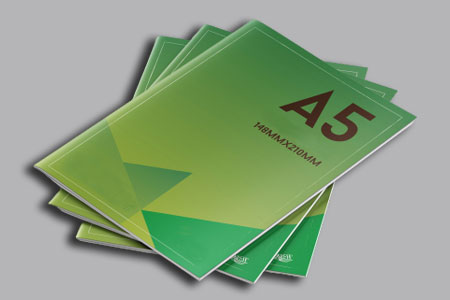 http://utharaprint-london.co.uk/assets/products/150/5f2e83f579ccbA5-Thick-Cover-Booklets.jpg